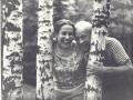 На даче в Пахре. С женой Наталией Григорьевной Асмоловой-Тендряковой. Начало 70-х годов.